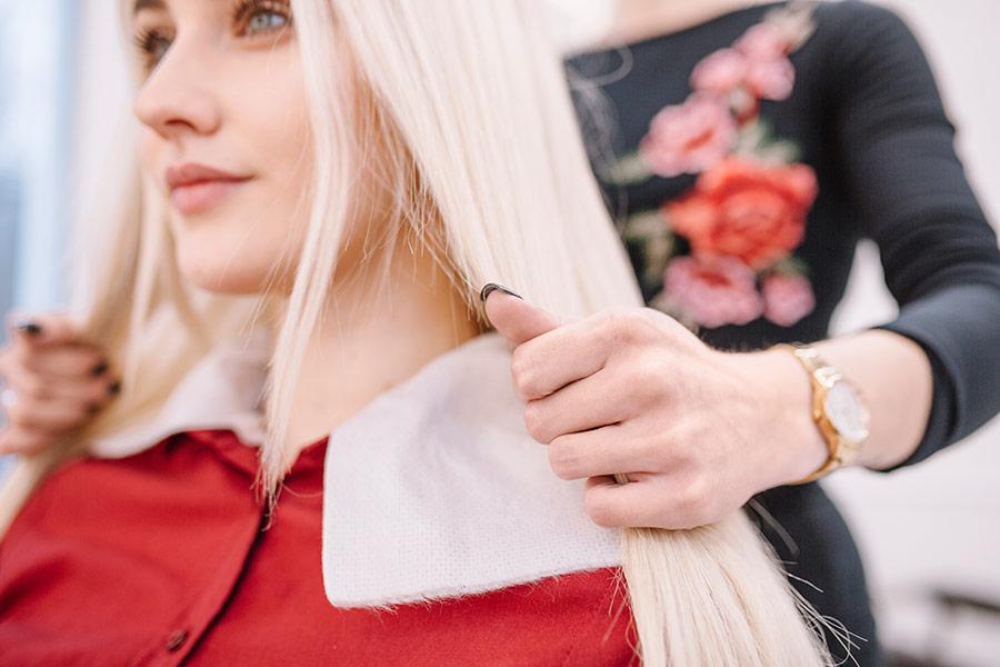Hochwertige Perücken bei Haarstudio Schneider