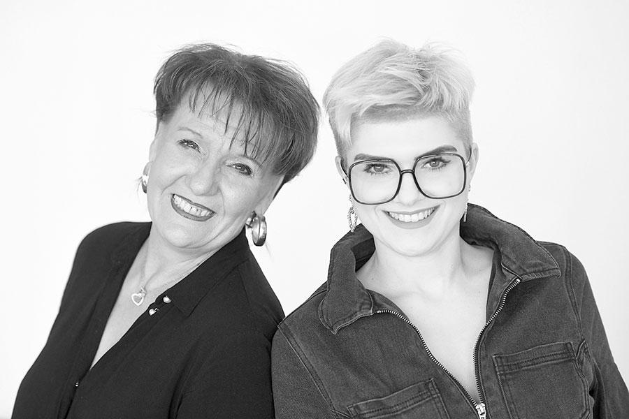 Claudia Schneider und Julia Karmann von Haarstudio Schneider